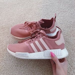 Adidas nmd r1 raw pink sneakers